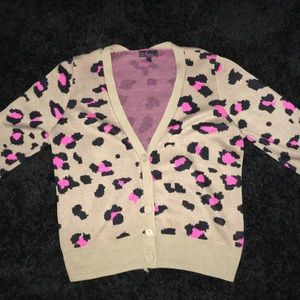 Sweaters - Cheetah cardigan
